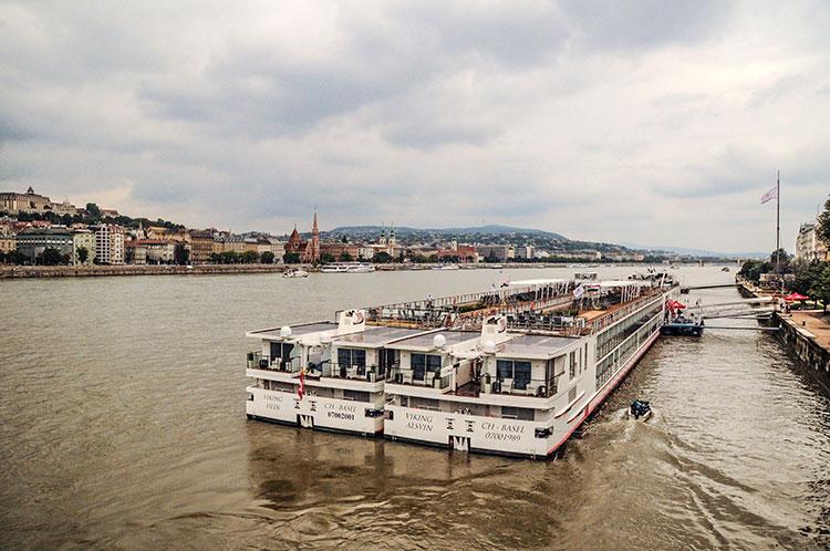 An er Donau entlang durch Budapest