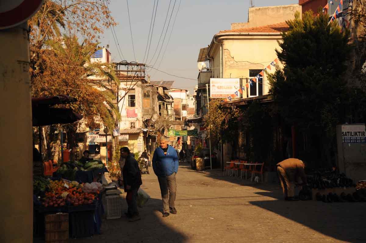 Zu Fuß durch Izmir