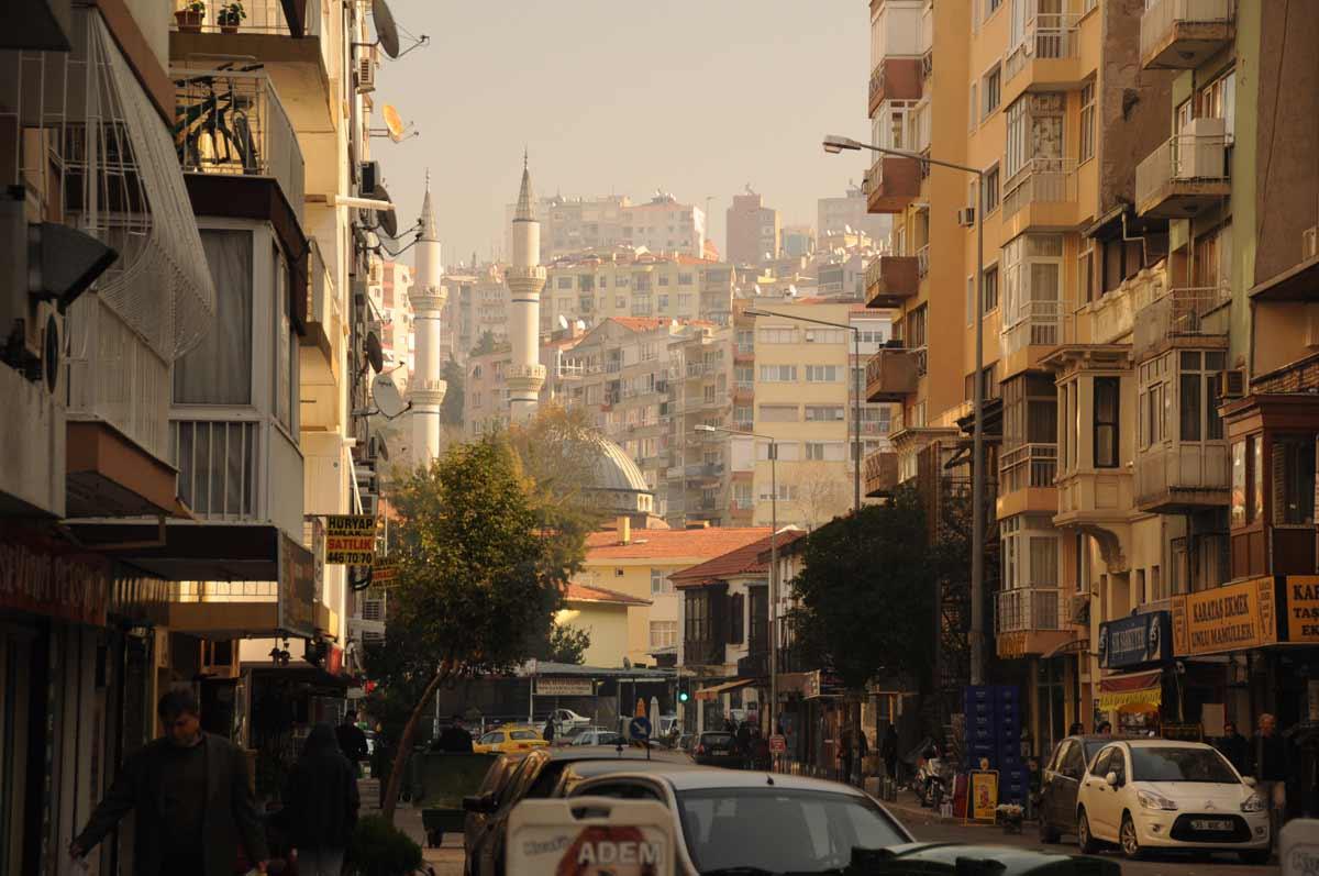 Izmir: In der Nähe vom Asansör