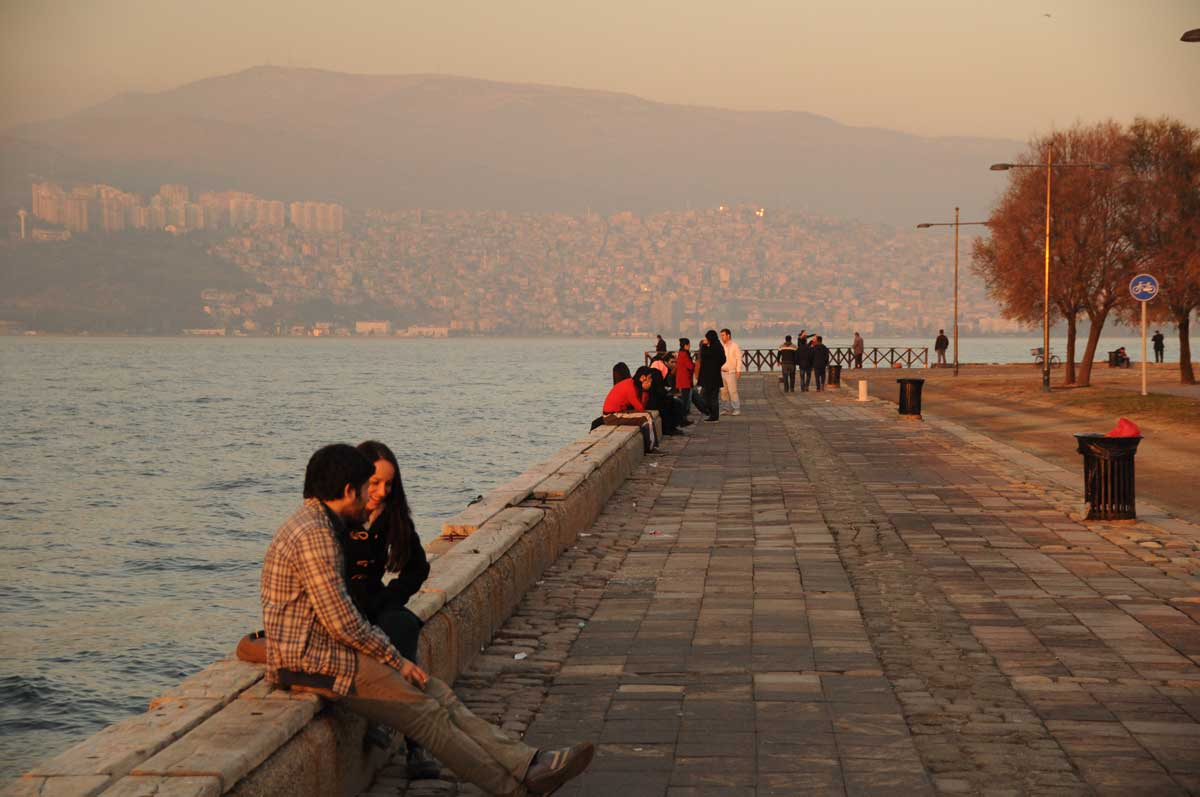 Am Ufer in Izmir