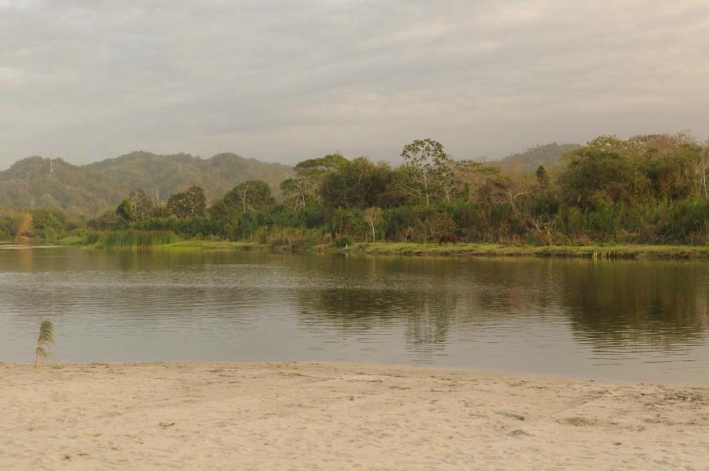 Mündung des Rio Palomino in Kolumbien