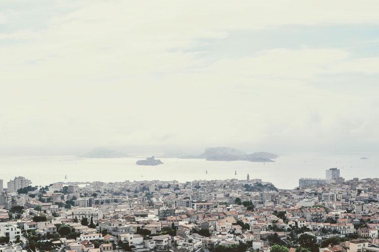 Blick über Marseille und Château d'If