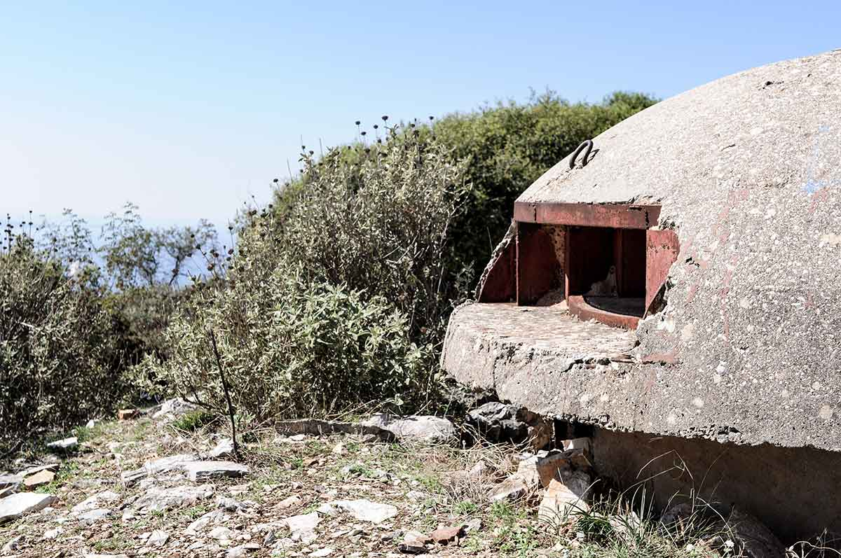 Bunker über Saranda