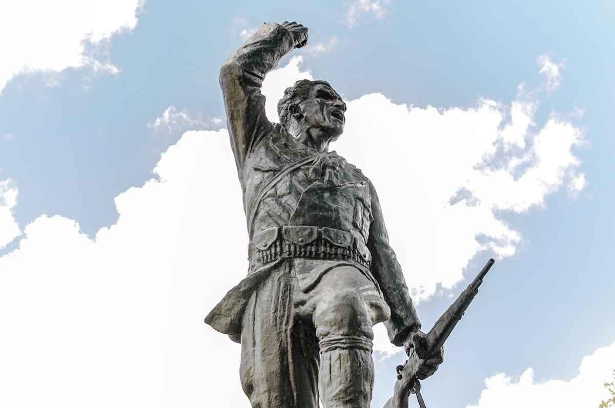 Statue des unbekannten Partisanen